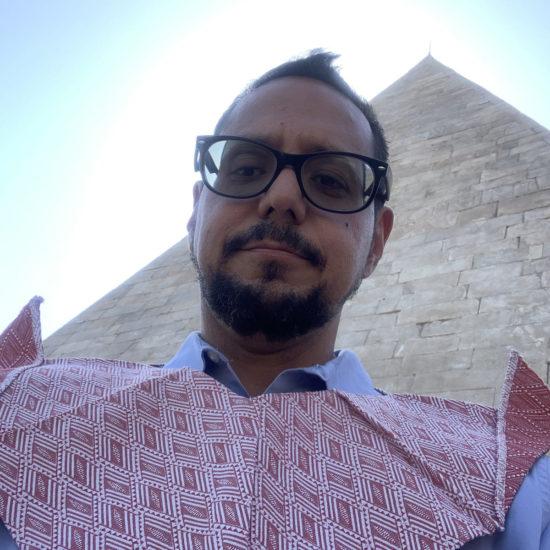 26.Neo-Quechquémitl_Pyramid-of-Caius-Cestius_Rome_de-Anda